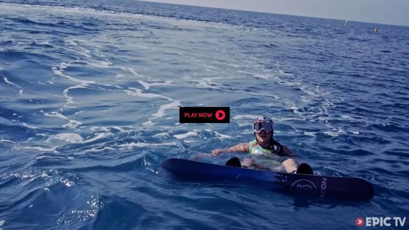 Snowboard dans la mer